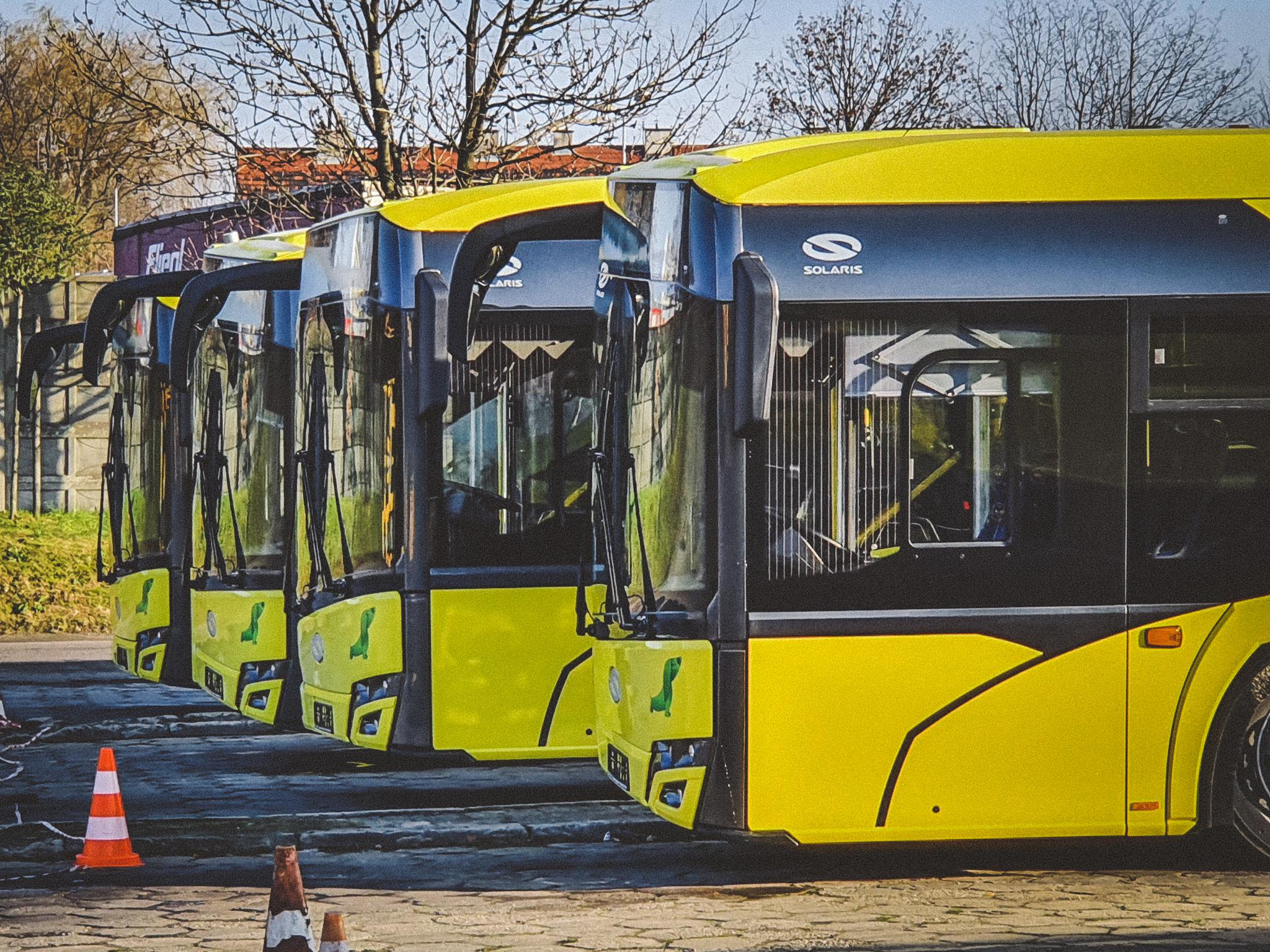 Nowe autobusy na placu PKM Gliwice