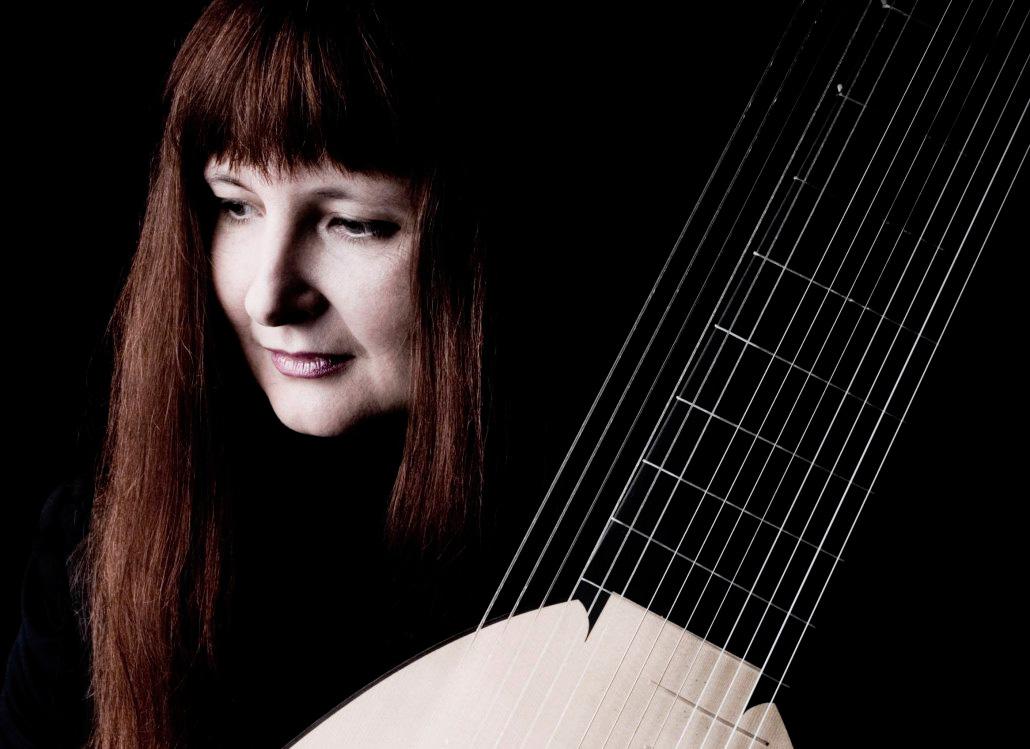kobieta z harfą
