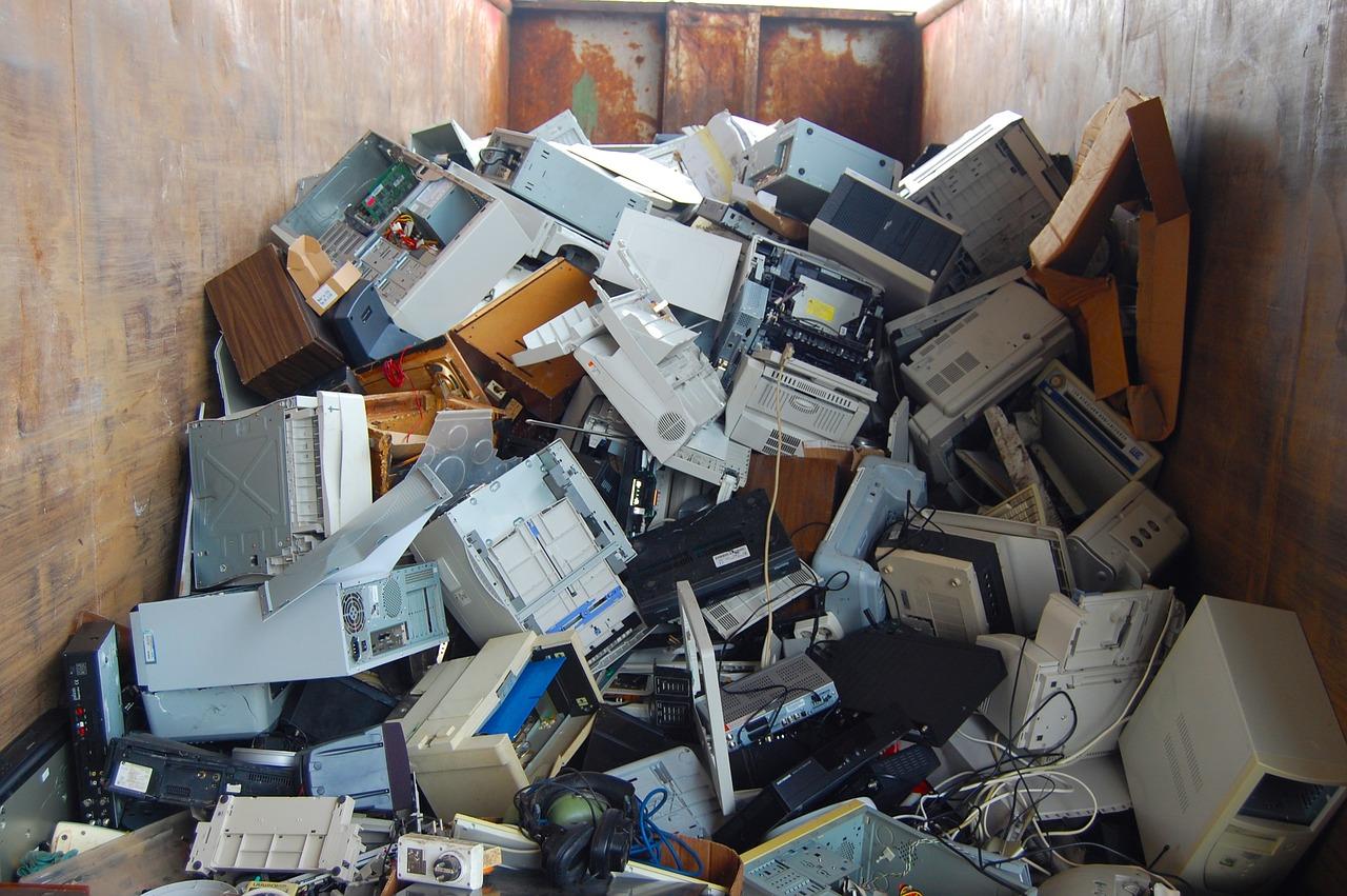 zbiórka elektrośmieci zużyte komputery