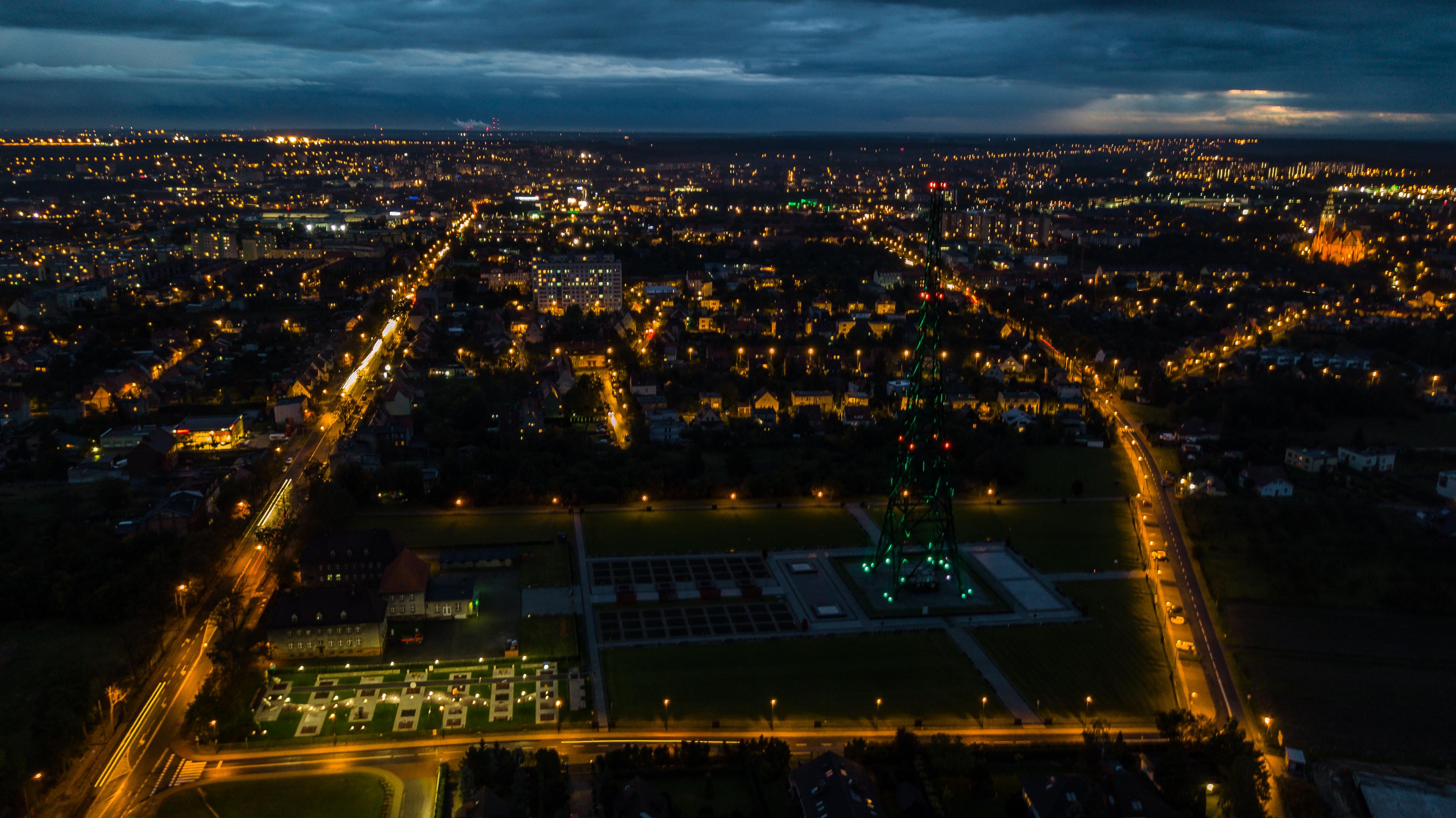 Nocne zdjęcie Radiostacji
