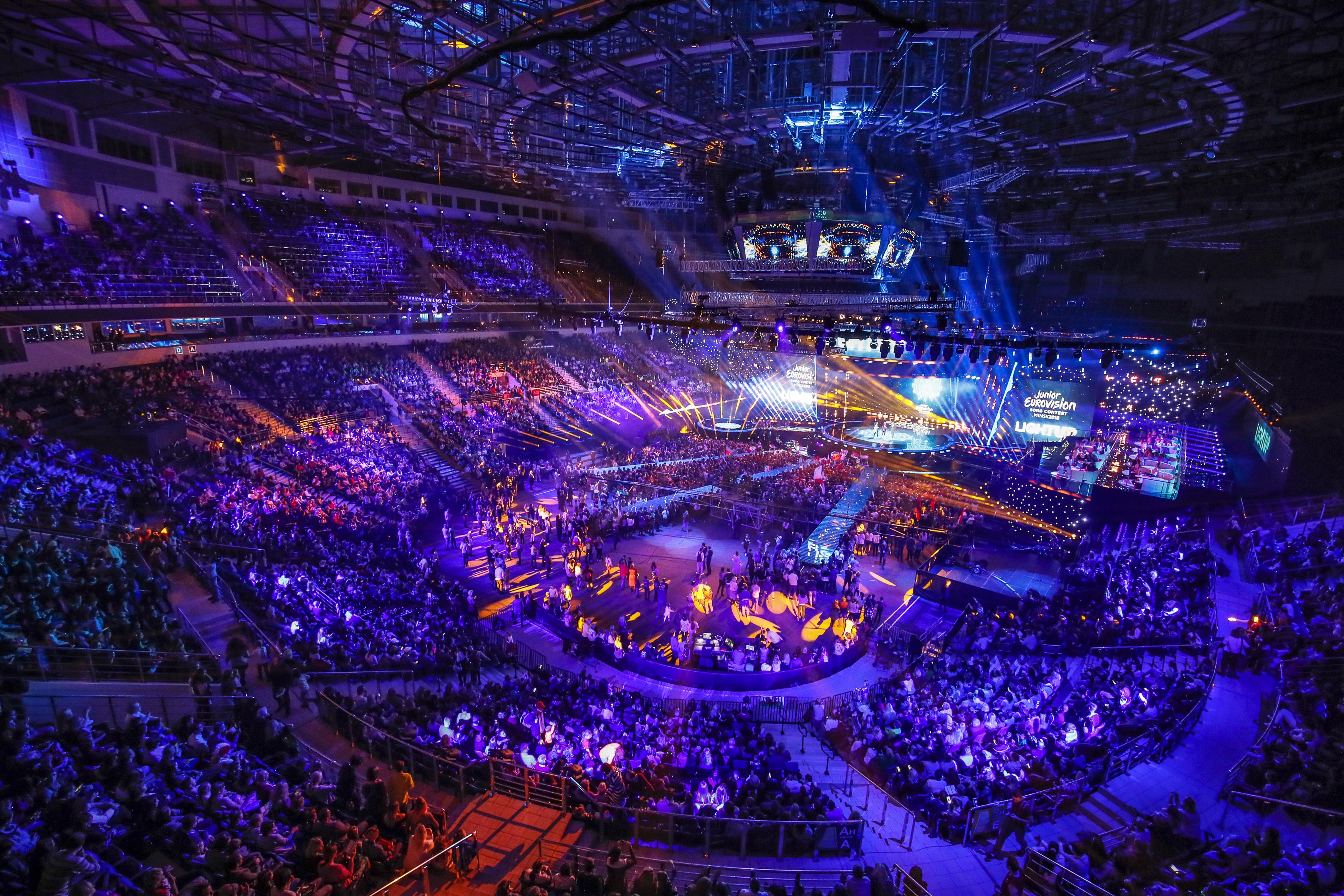 wielki koncert przy pełnej widowni