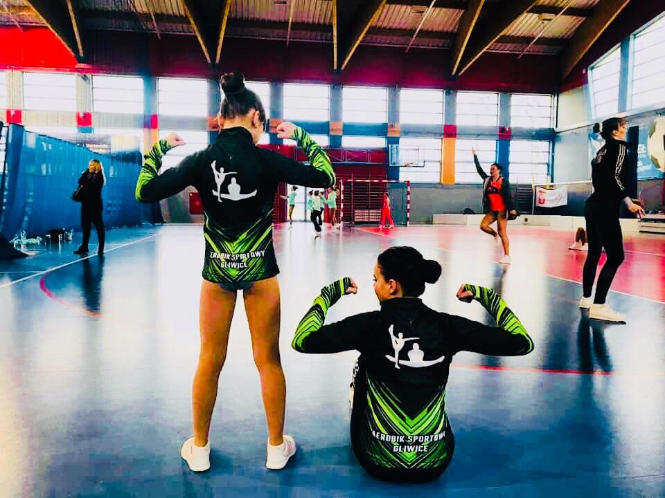 tancerki aerobick sportowy