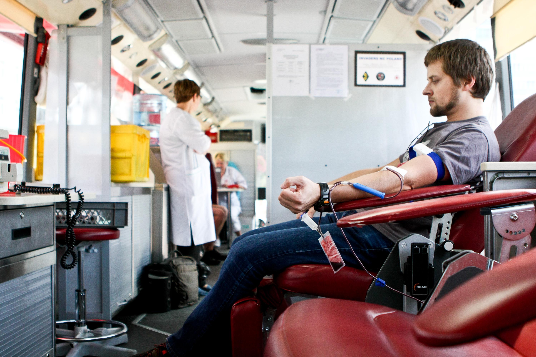 Oddanie krwi to prawdziwe bohaterstwo
