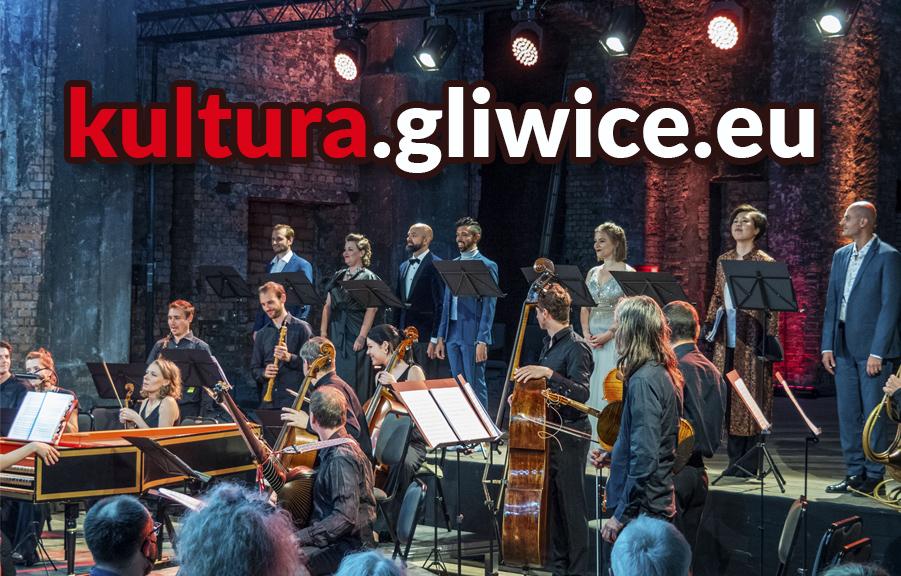 napis kultura.gliwice.eu, w tle koncert operowy w ruinach teatru