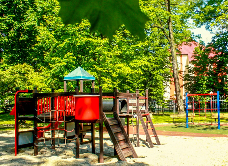 Plac zabaw w parku Chopina