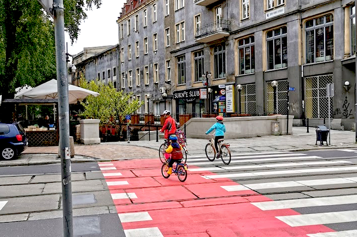 Nowy przejazd rowerowy przez ul. Zwycięstwa