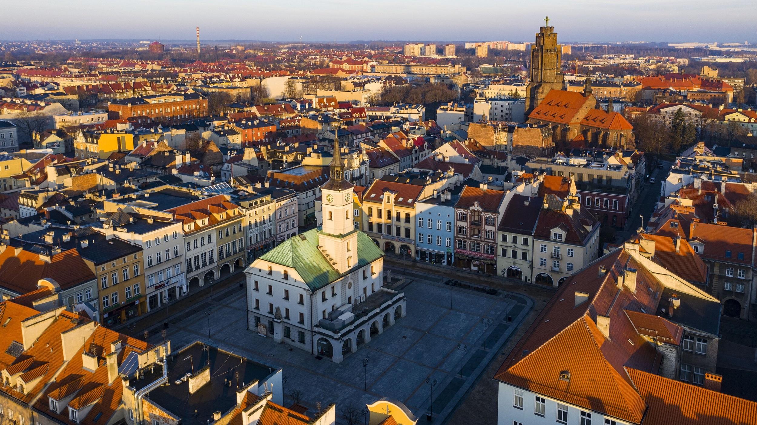 panorama Gliwic w słońcu