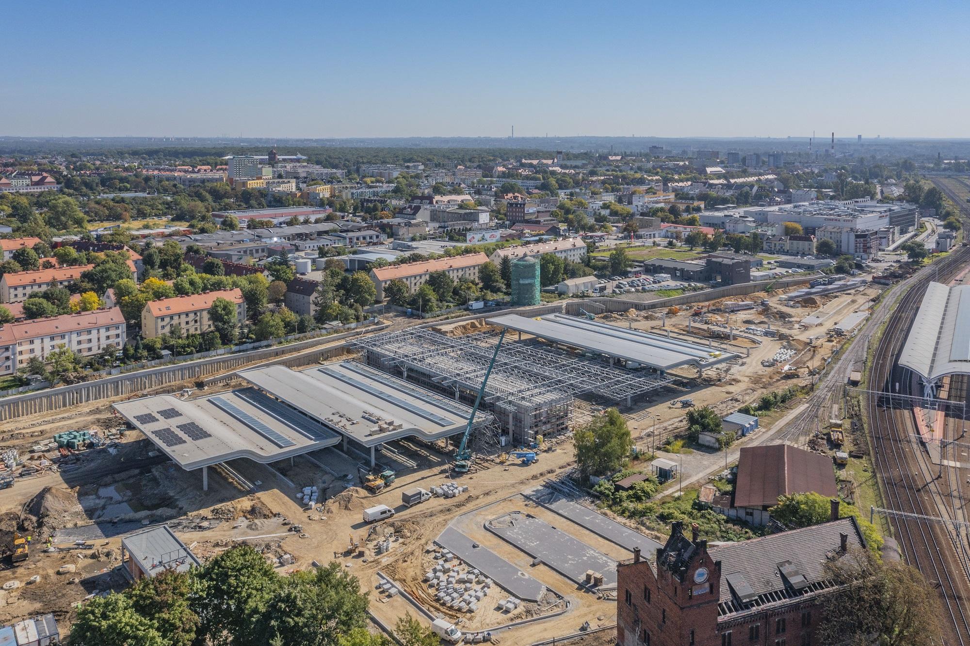 Centrum przesiadkowe panorama budowy