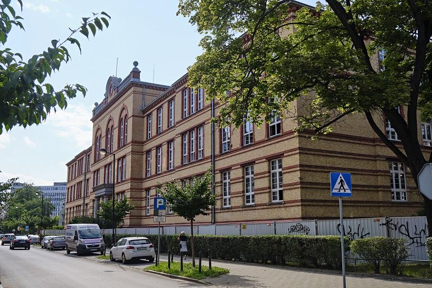 budynek przyszłej szkoły muzycznej przy ul. Ziemowita