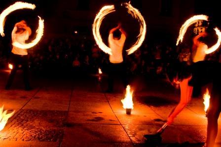 Ulicznicy, pokaz Fire show