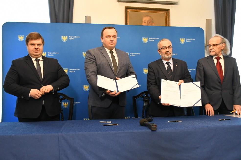 Podpisanie umowy na Centrum Przesiadkowe