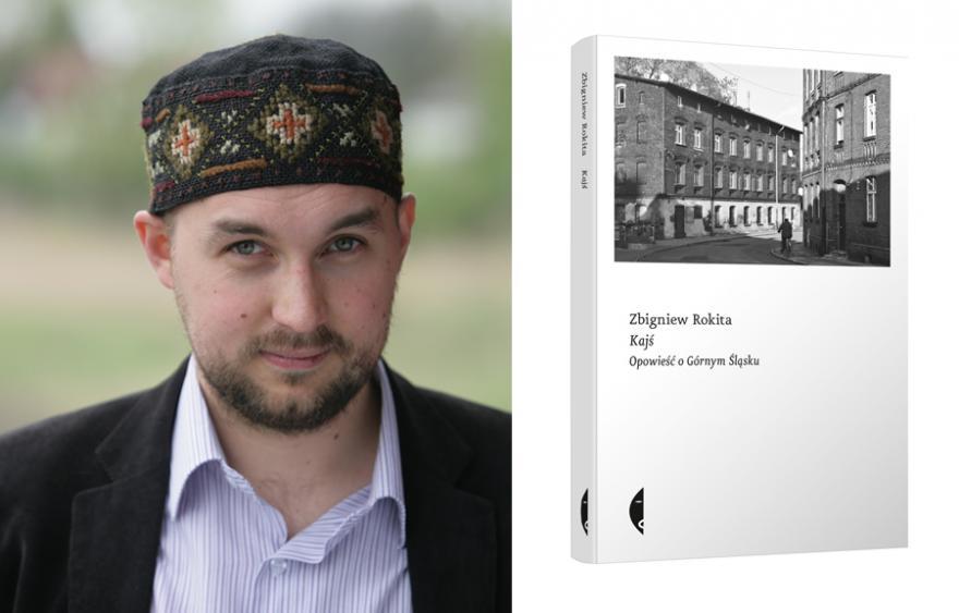 mężczyzna w oryginalnym nakryciu głowy i książka